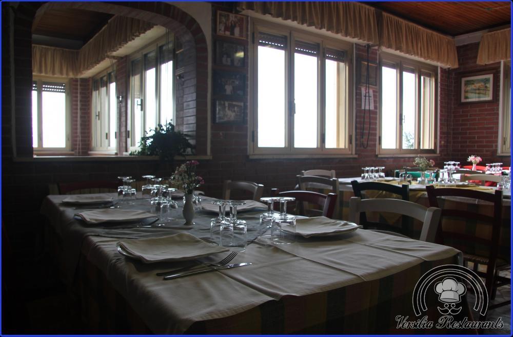 Trattoria da luciano ristorante osteria camaiore via for Bella j cucina